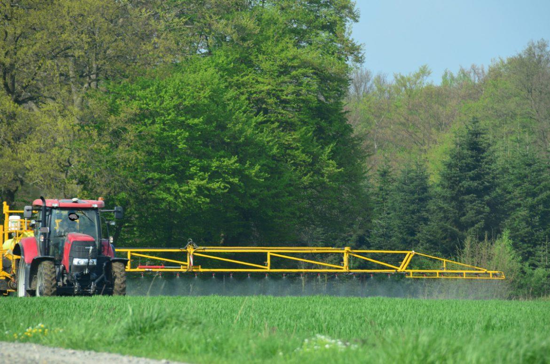 Pestizide vergiften den Boden